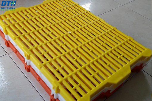 Sàn heo 40x55 Nhựa Bình Thuận - Số lượng lớn